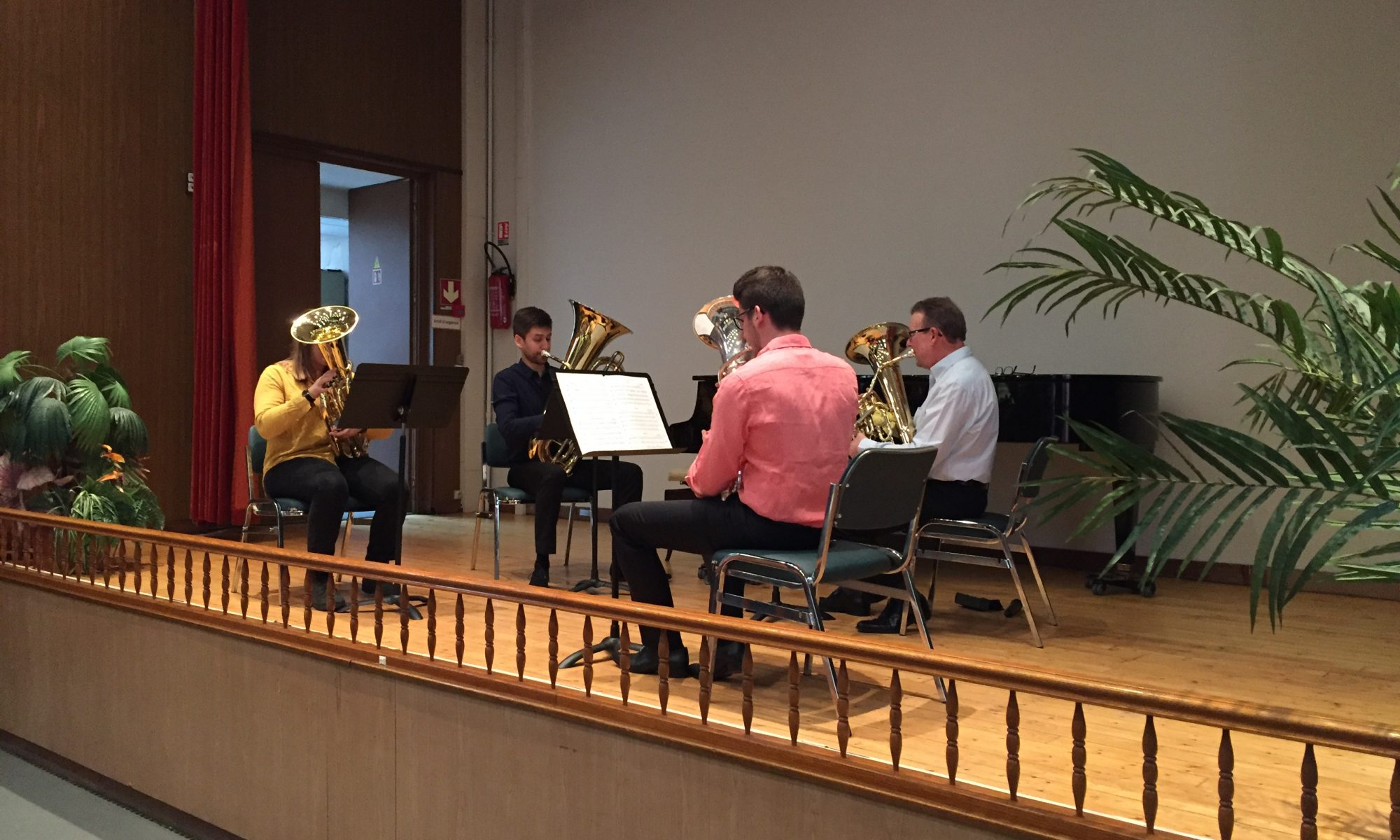 photo scene auditorium avec orchestre